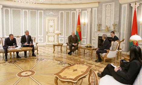 Лукашэнка заяўляе аб неабходнасці прадаўжэння дыялогу Беларусі з еўраструктурамі