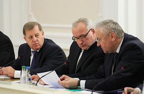 Лукашэнка: Улада павінна пранікнуцца пачуццём, што кожны чалавек павінен мець магчымасць працаваць