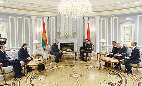 Лукашэнка: Дзелавыя партнёры цэняць Беларусь за сумленнасць