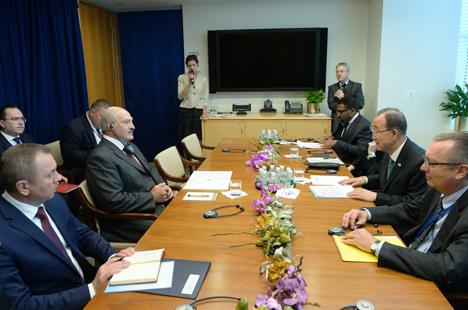 Пан Гі Мун дзякуе Лукашэнку за канструктыўную ролю ў пошуку вырашэння канфлікту ва Украіне