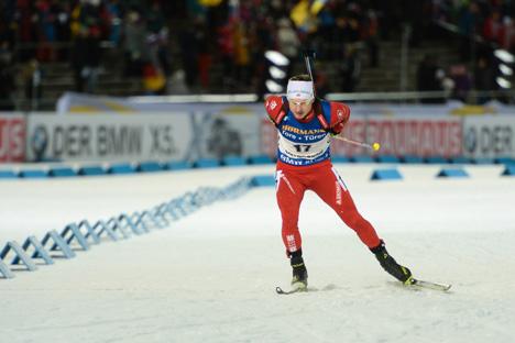 Беларус Уладзімір Чапелін стаў бронзавым прызёрам на першым этапе Кубка свету па біятлоне