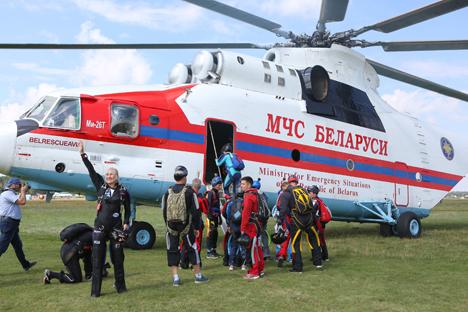 Новы нацыянальны рэкорд у парашутным спорце ўстаноўлены ў Беларусі