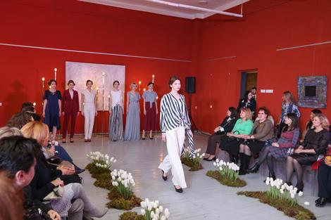Палякова-Макей напярэдадні 8 сакавіка правяла традыцыйную сустрэчу з жонкамі кіраўнікоў дыпмісій