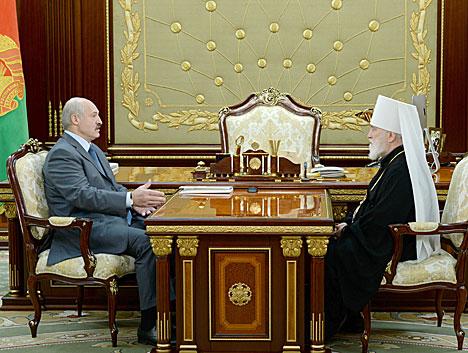 Аляксандр Лукашэнка сустрэўся з Мітрапалітам Паўлам