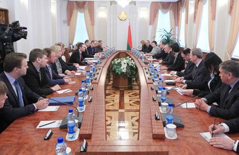 Мацюшэўскі: Беларусь зацікаўлена ў выбудоўванні добрасуседскіх адносін з ЕС