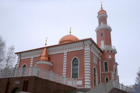 Лукашэнка: Беларусь славіцца традыцыямі верацярпімасці і павагі паміж людзьмі розных нацыянальнасцей