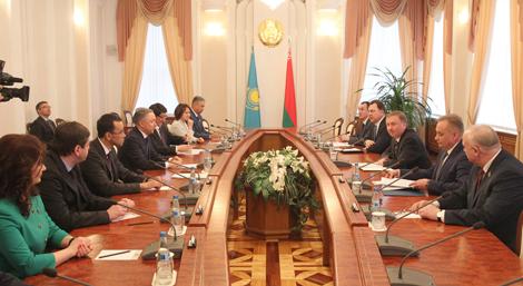 Кабякоў: Беларусь зацікаўлена аднавіць тавараабарот з Казахстанам у памеры $1 млрд
