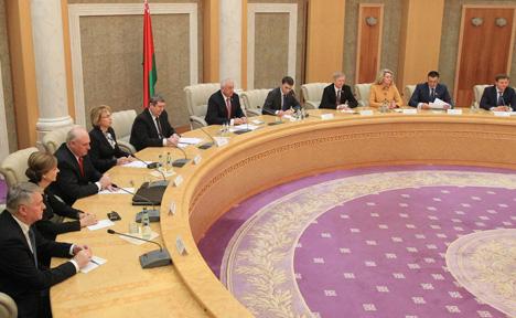 Мясніковіч: Беларусь разлічвае на развіццё кантактаў Нацыянальнага сходу з парламентамі ўсіх краін ЕС