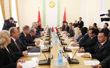 Андрэйчанка разглядае візіт парламенцкай дэлегацыі Інданезіі ў Беларусь як важны крок па актывізацыі супрацоўніцтва