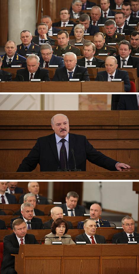 """""""Перастаньце намі панукаць"""" - Лукашэнка заклікае да развіцця адносін з Захадам без прадузятасці і недаверу"""
