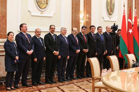 Лукашэнка: Беларусі і Турцыі неабходна перабудоўвацца на кааперацыйную форму ўзаемадзеяння