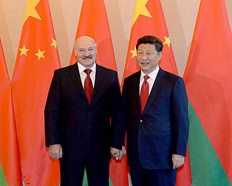 Сі Цзіньпін: Кітай гатовы падтрымліваць Беларусь