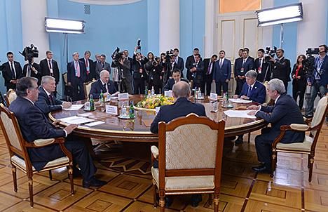 Лукашэнка: АДКБ не трэба чакаць прызнання з боку НАТА