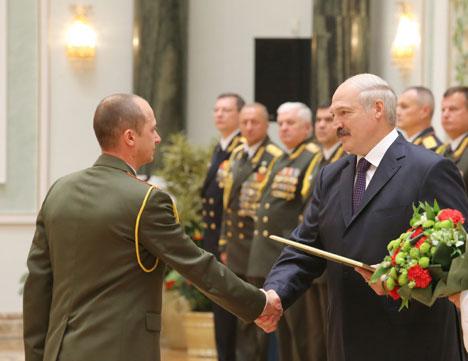 Лукашэнка: Якасць навучання ў ваенных ВНУ Беларусі прызнана далёка за межамі краіны