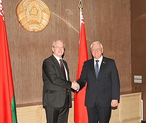 Мясніковіч: Беларусь зацікаўлена ў інвестыцыйным імпарце з Германіі