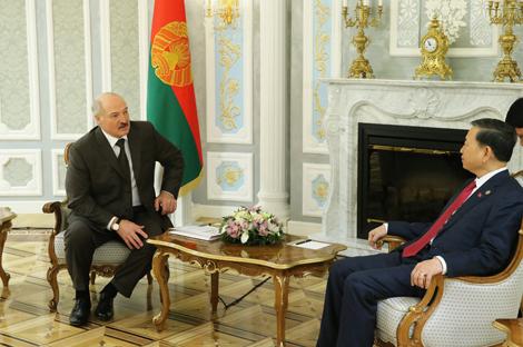 Лукашэнка: Беларусь гатова дзяліцца з В'етнамам вопытам у сферы забеспячэння бяспекі і правапарадку