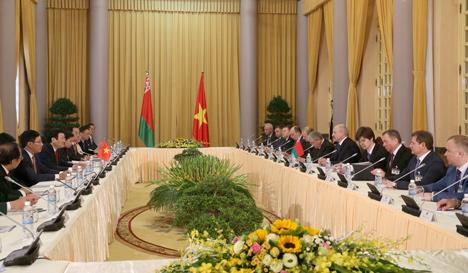 Лукашэнка: Беларусь ганарыцца, што адносіны з В'етнамам выходзяць на новы ўзровень глыбокага ўзаемавыгаднага супрацоўніцтва