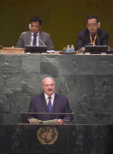 Лукашэнка: Свету патрэбны адказныя палітыкі, гатовыя прымаць рашэнні ў інтарэсах усёй сусветнай супольнасці