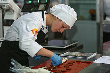 Маладыя рабочыя, навучэнцы і студэнты дэманструюць майстэрства ў 35 прафесіях на WorldSkills Беларусь