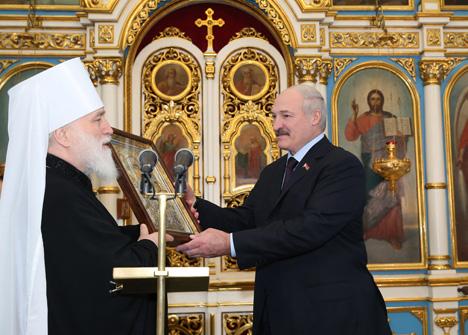 Лукашэнка заклікае да адзінства паміж народамі і ўнутры царквы