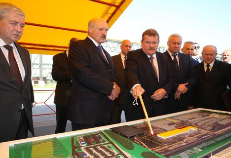 Лукашэнка: трэба любіць сваю краіну і быць упэўненым, што гэта твой дом