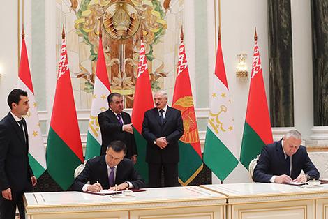 Беларусь і Таджыкістан заключылі пагадненні ў сферы сельскай гаспадаркі, навукі і міжрэгіянальнага супрацоўніцтва