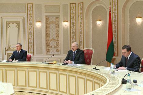 Аляксандр Лукашэнка на сустрэчы з намеснікам міністра камерцыі КНР Чжун Шанем