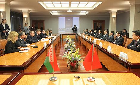 Кітайская правінцыя Сычуань зацікаўлена ў стварэнні з Беларуссю СП па вытворчасці электробусаў