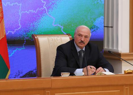 Лукашэнка: Расія не зацікаўлена ў допуску Беларусі да нафтараспрацовак на сваёй тэрыторыі