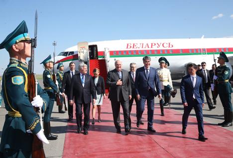 Лукашэнка прыбыў з рабочым візітам у Казахстан