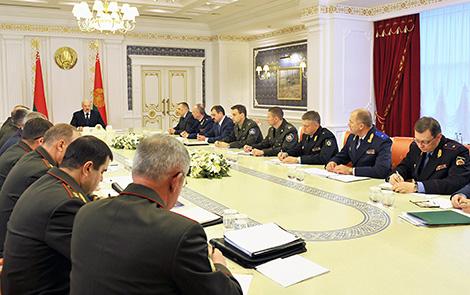 Лукашэнка супраць закручвання гаек у эканоміцы і заклікае пазбаўляцца ад устарэлых норм