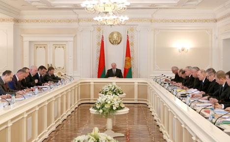 Лукашэнка патрабуе адчувальных вынікаў ад дзеянняў па вырашэнні праблем транспартнай галіны