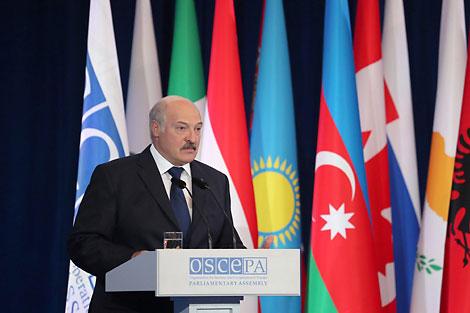 Лукашэнка: Беларусь прапаноўвала літоўскаму боку сумесна будаваць БелАЭС