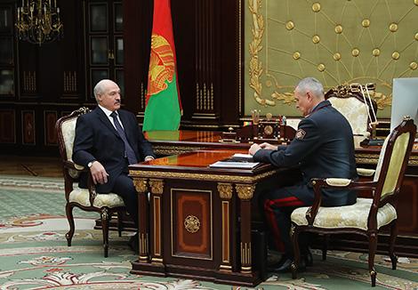 Лукашэнка выказаў удзячнасць міліцыянерам за бліскучую аперацыю па абясшкоджванні грабежніка банка ў Магілёве