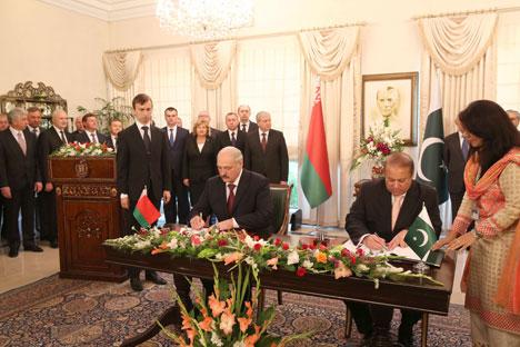 Лукашэнка і Шарыф падпісалі Ісламабадскую дэкларацыю беларуска-пакістанскага партнёрства