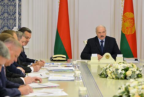 Лукашэнка даручыў праверыць выкананне тэрмінаў будаўніцтва аб'ектаў па заключаных інвестдагаворах