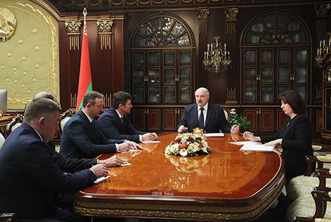 Лукашэнка назначыў новага рэктара БДУ і ўзгадніў назначэнне яшчэ трох кіраўнікоў ВНУ