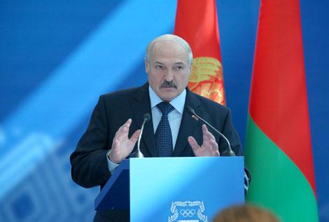 Лукашэнка адзначае адсутнасць сістэмнага падыходу да адбору будучых спартсменаў
