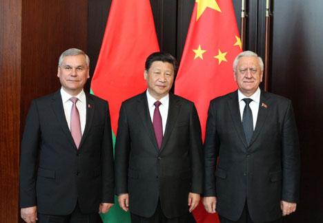 Міхаіл Мясніковіч на сустрэчы з старшынёй КНР Сі Цзіньпінам