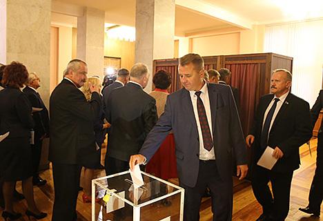 Андрейченко избран председателем Палаты представителей шестого созыва