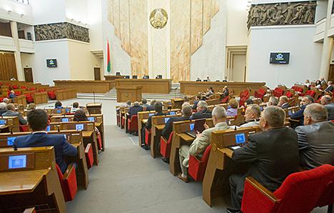 Андрейченко призвал содействовать международным наблюдателям на предстоящих выборах